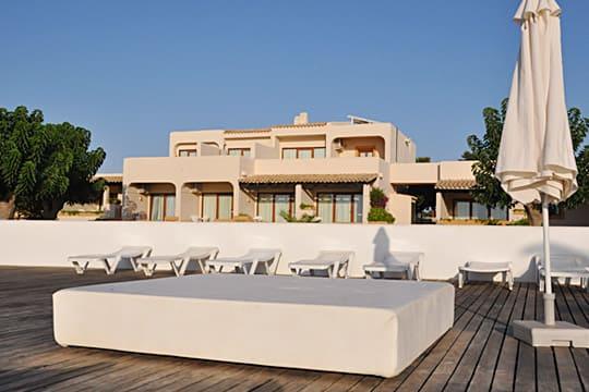 terraza Hotel Punta Prima